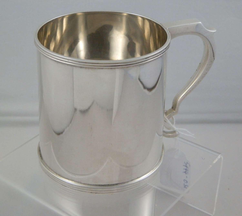 Scottish silver christening cup, Edinburgh 1925