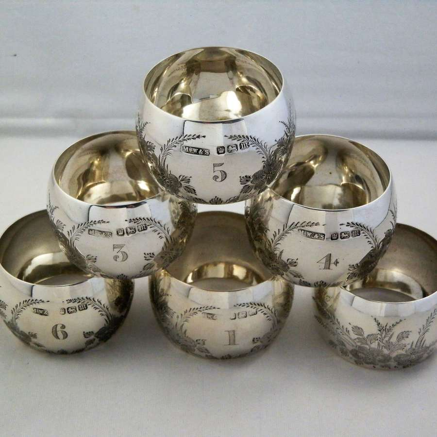 Cased set of 6 Edwardian silver napkin rings, 1904