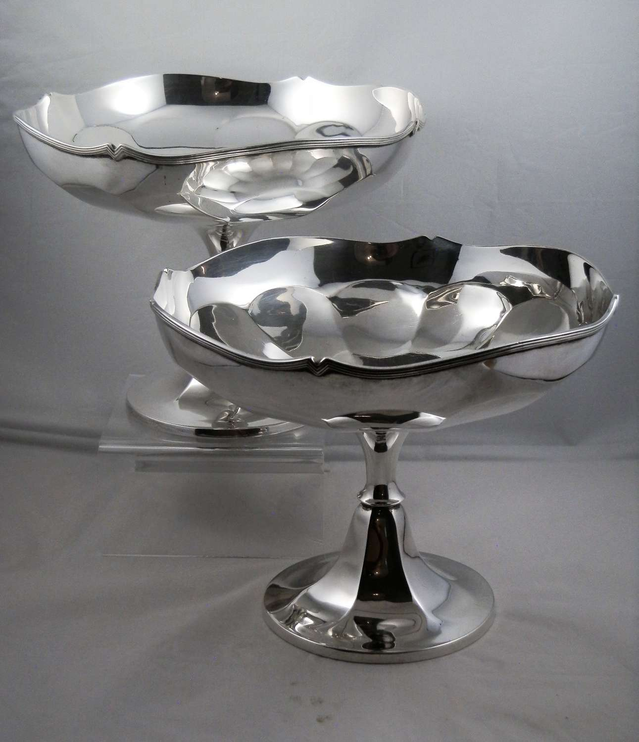 Scottish provincial pair of silver tazzas, Dundee 1919