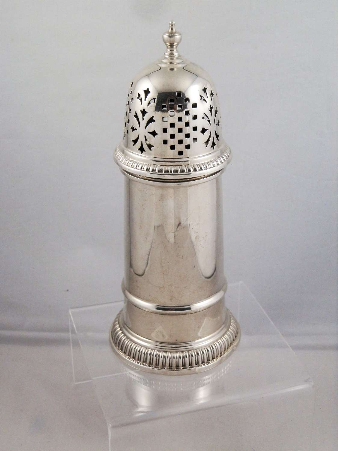 Silver lighthouse style sugar caster, Birm. 1974