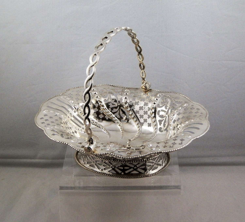 George III silver bon bon basket, London 1760