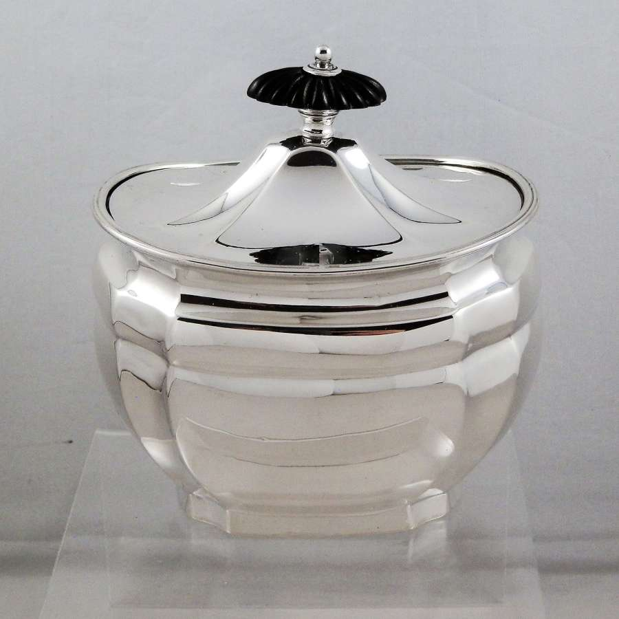 Victorian silver tea caddy, London 1897