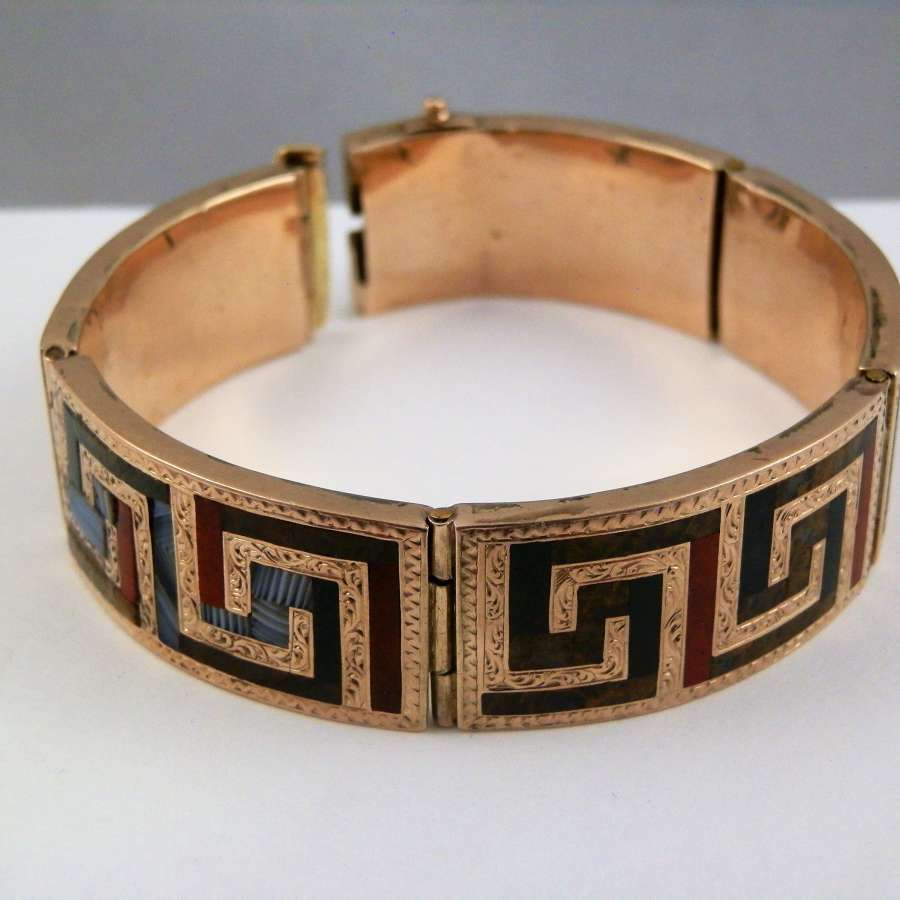 Scottish gold and agate bracelet, c.1867