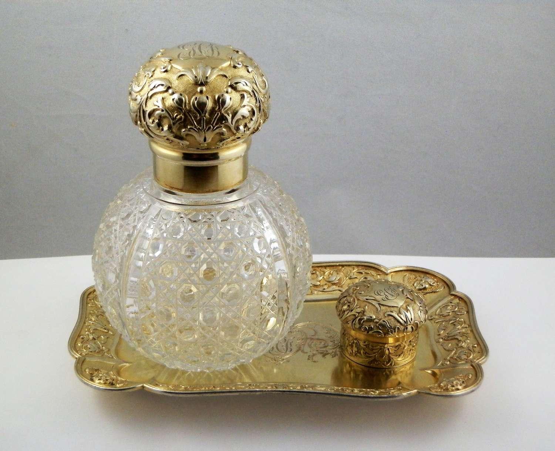 Victorian silver gilt dressing table set. London 1895