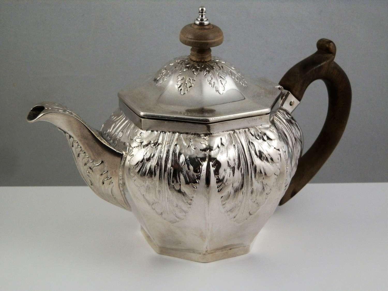 George III silver tea pot, London 1806