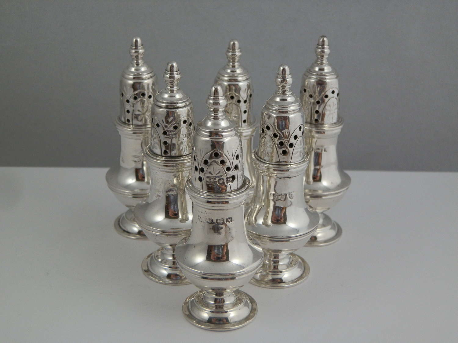 Set of 6 Victorian silver pepper pots, London 1890
