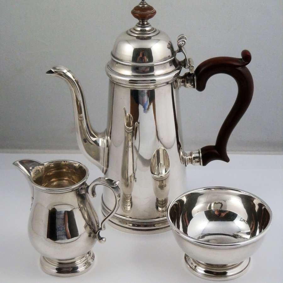 Silver coffee set, Birmingham 1960