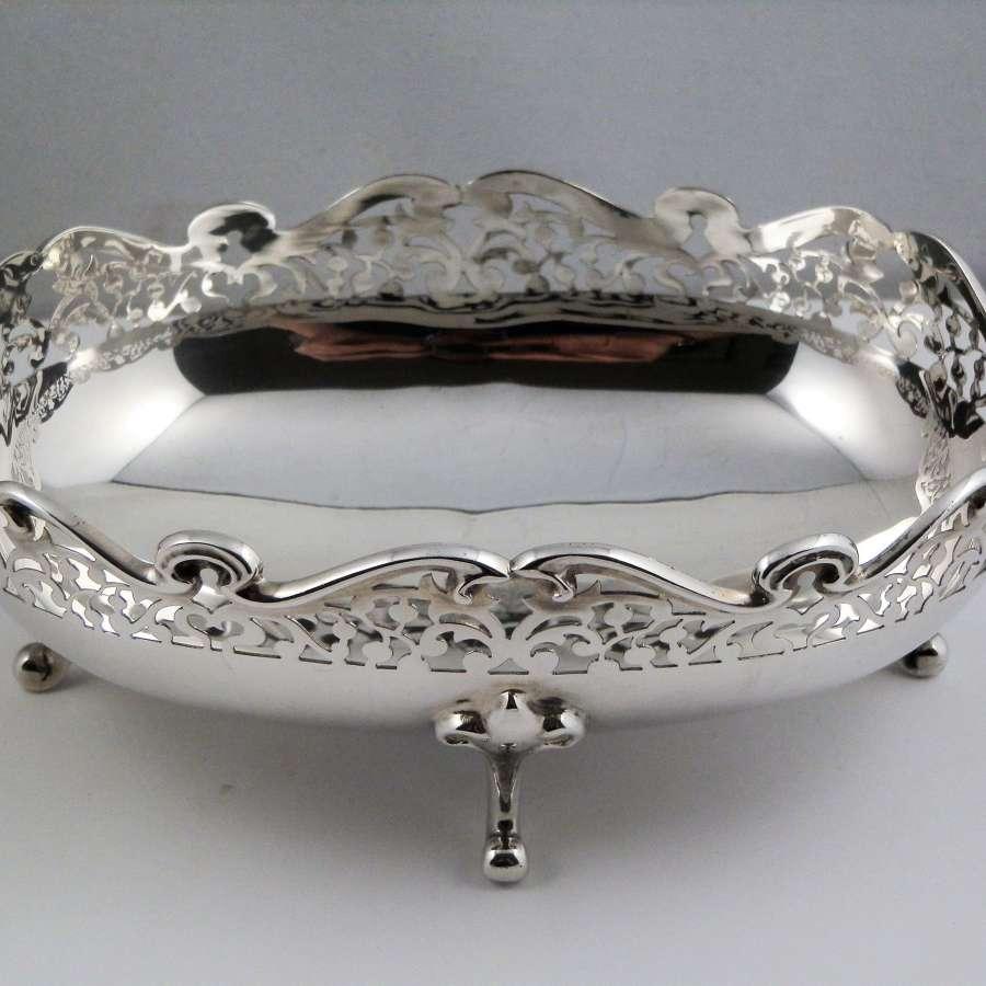 Edwardian silver fruit bowl, Birmingham 1903