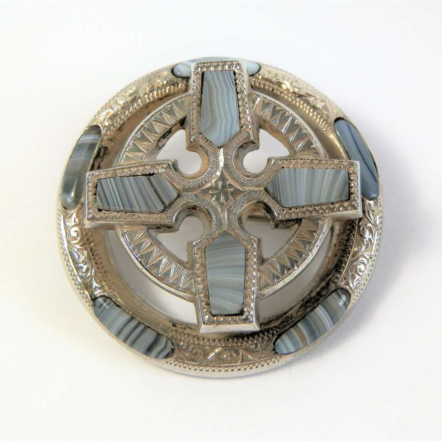 Scottish Victorian Montrose agate brooch c.1880