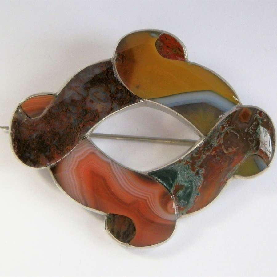 Large Scottish agate brooch, c 1870