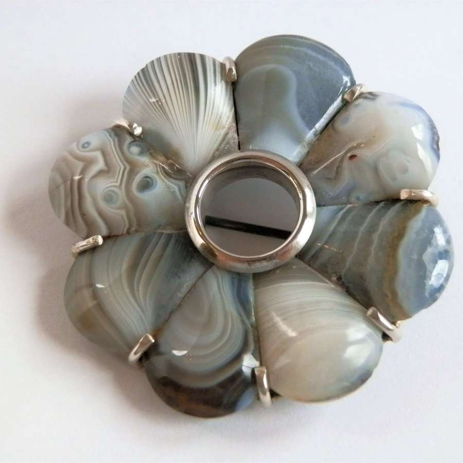 Victorian silver and Montrose agate brooch, c.1880