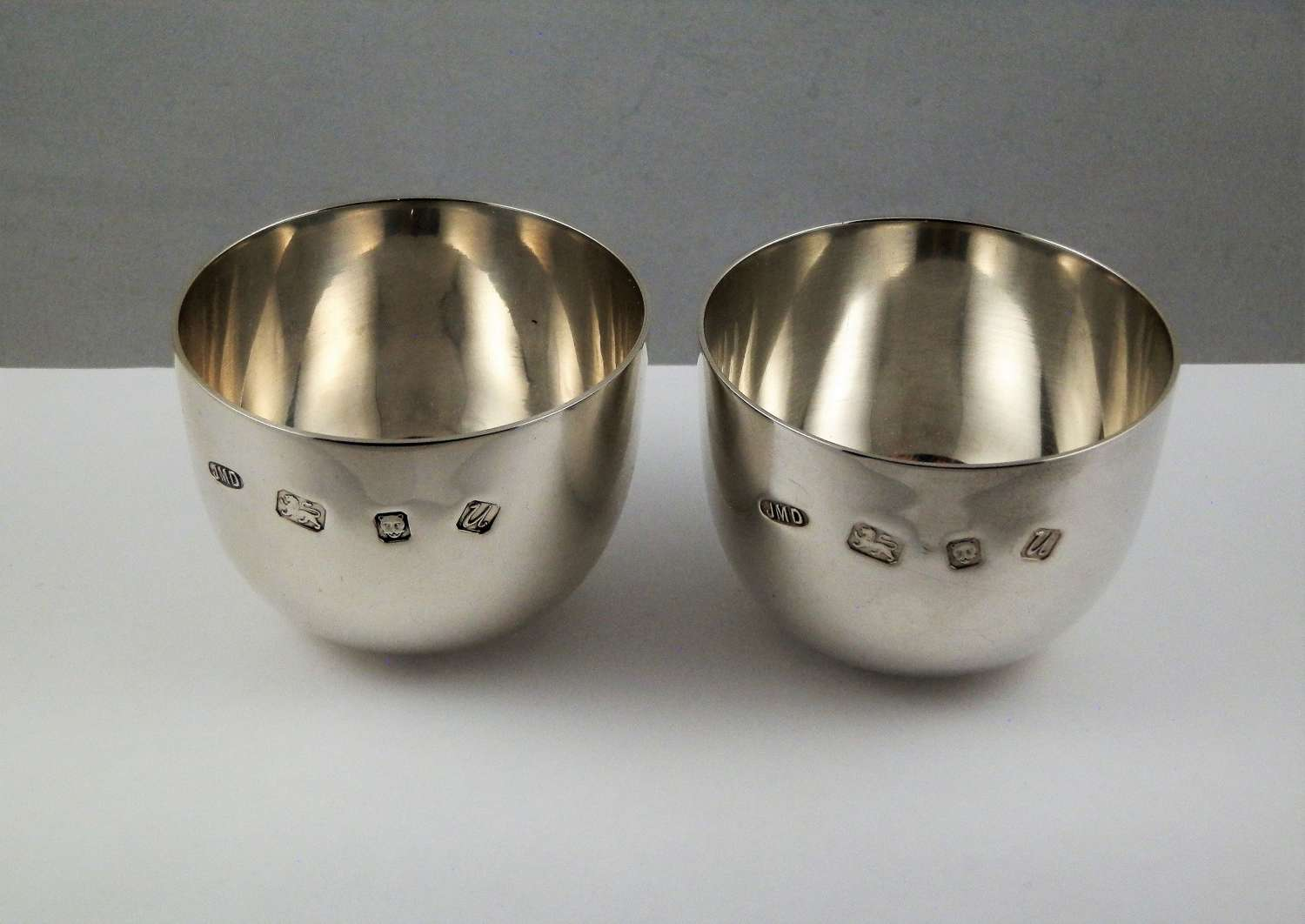 Pair of silver tumbler cups, London 1994