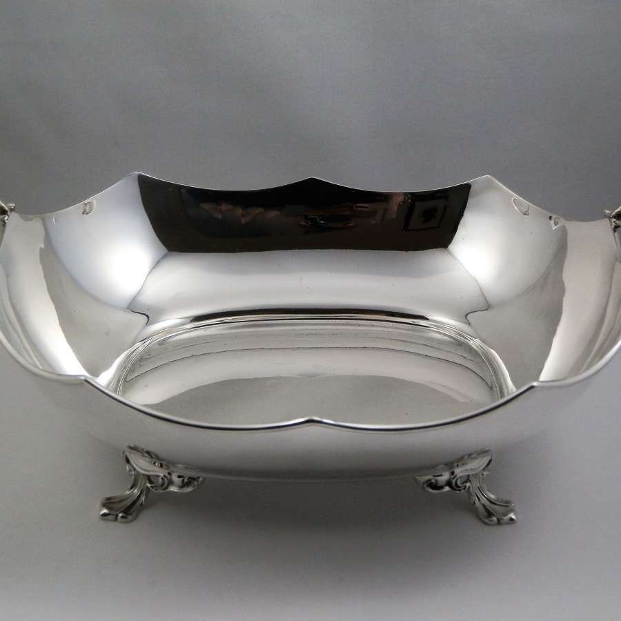 Scottish silver fruit bowl or bread basket, Glasgow 1931