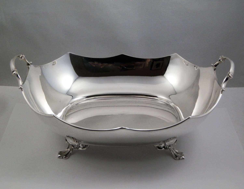 Scottish silver fruit bowl or bread basket, Glasgow 1931