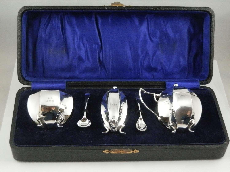 George V cased silver 5 piece condiment set, 1915