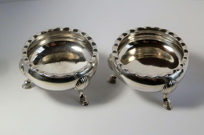 Scottish Provincial silver pair of salts, Aberdeen, J. Erskine c.1790