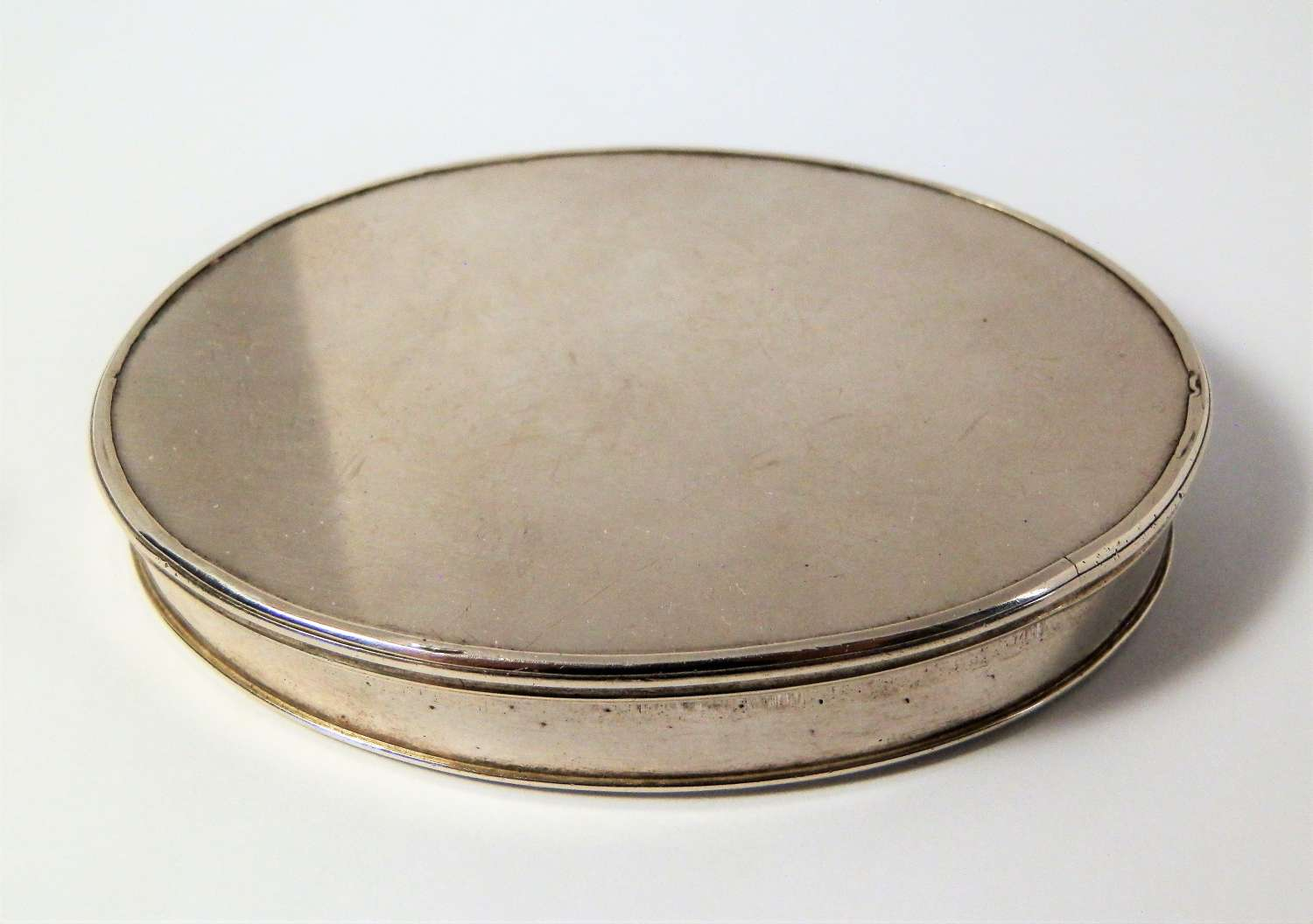 George I silver snuff box, James Overing, London 1716