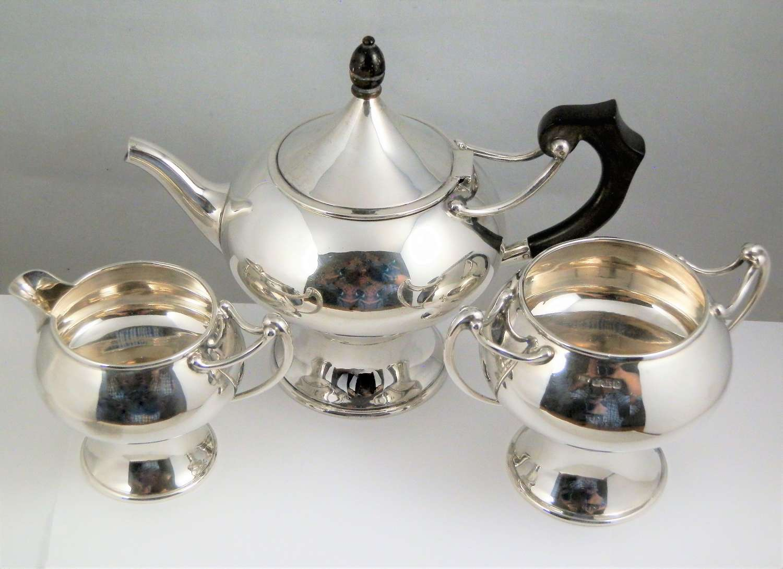 Art Nouveau silver tea set by Henry Wilkinson, Sheffield 1907