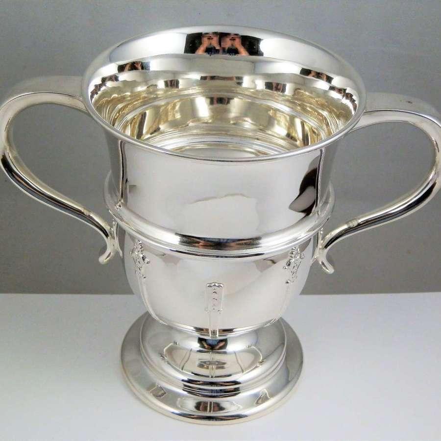 Edwardian Art Nouveau loving cup, Barker Bros. Chester 1906