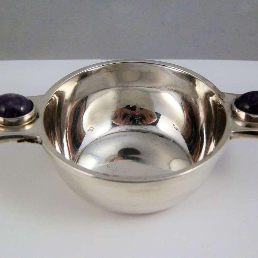 Rare Edwardian silver and amethyst quaich, George Unite 1911