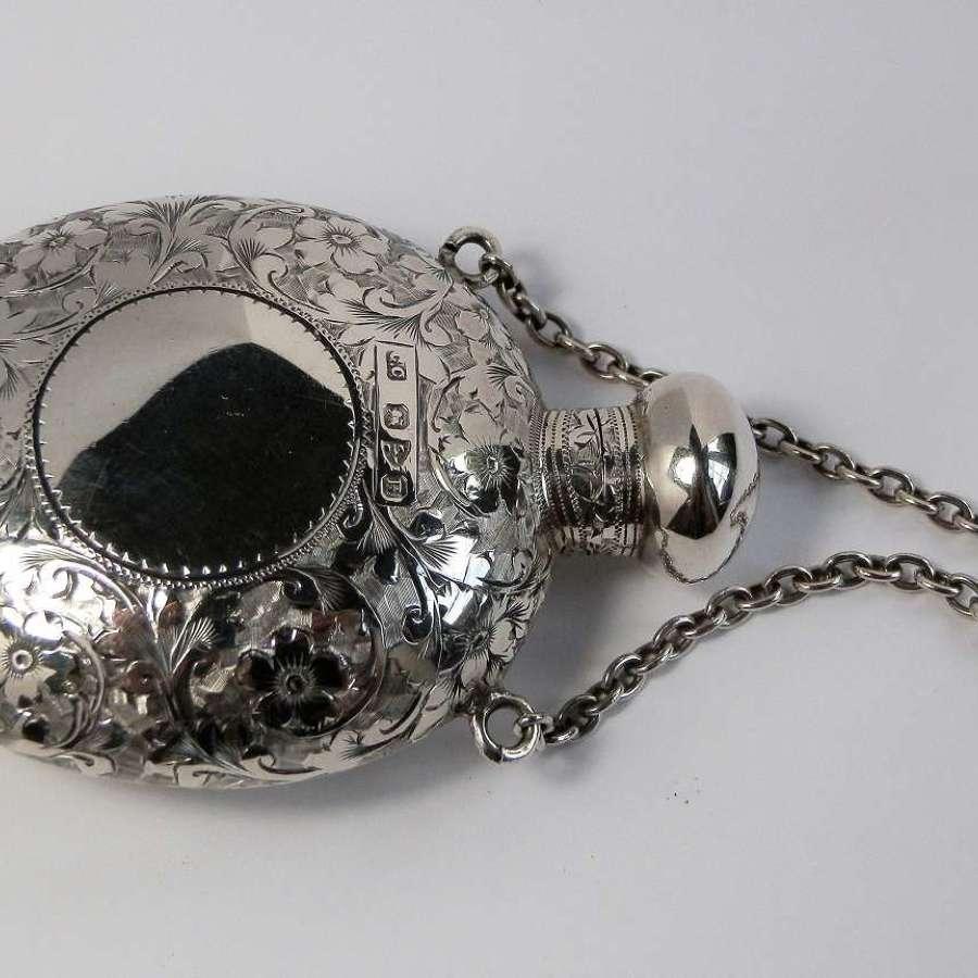 A Victorian Chester silver scent bottle, Coline Cheshire, 1900