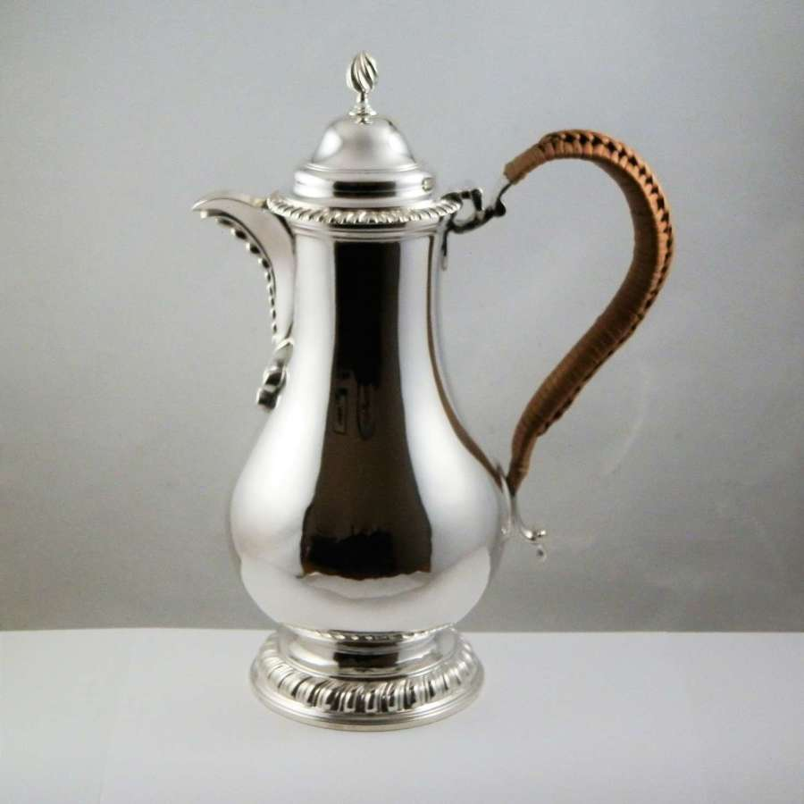 Victorian silver hot water or coffee pot, London 1895